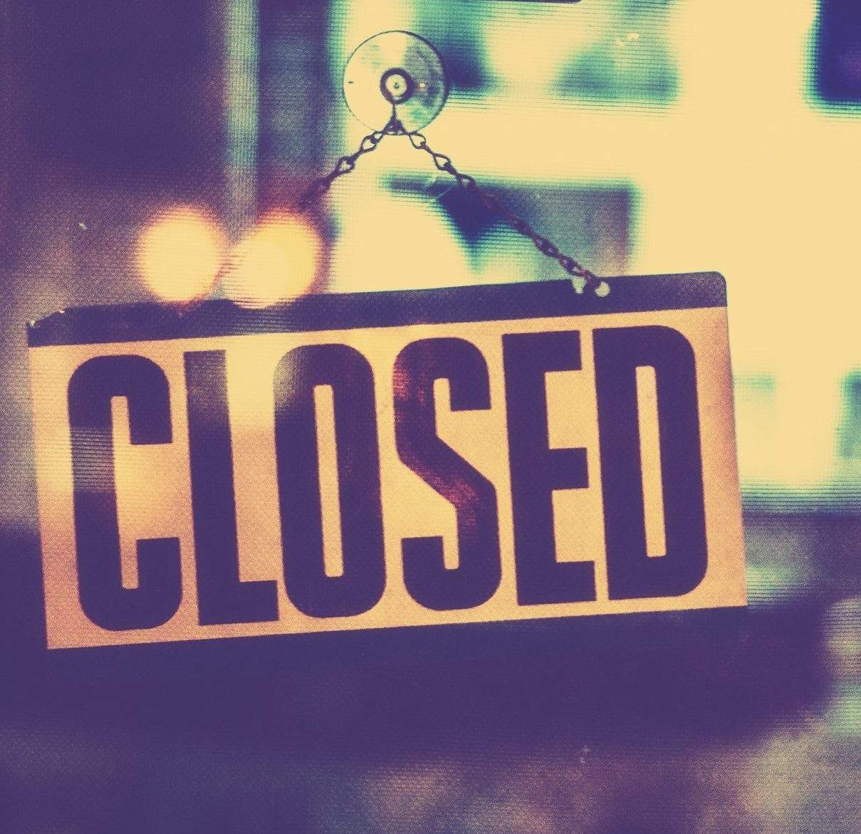 Image of Closed graphic